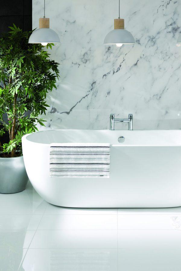 Paris Contemporary 1800 Freestanding Bath