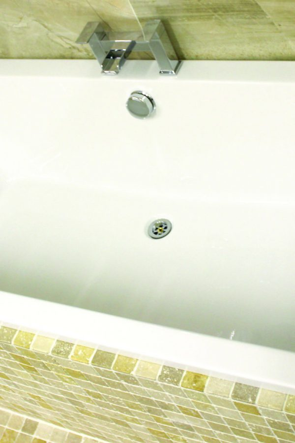 Q Bath 1700 x 700 Double Ended Bath Only