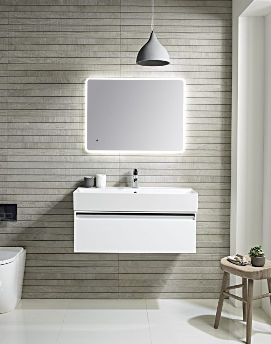 900mm Wall Unit – White (Unit Only)
