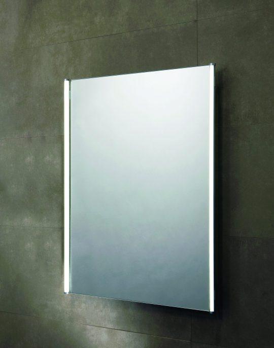 700mm LED Illuminated Mirror